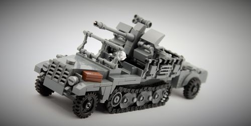 Custom WWII SdKfz 10/ FlaK 38+ Trailer out of LEGO® bricks