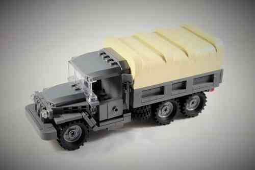 Custom WWII Deuce& a Half truck out of LEGO® bricks