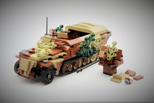 "Custom WWII ""Camo"" Sd.Kfz.251 (late version) out of LEGO® bricks"