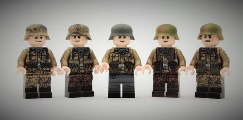 "Valiant Bricks ""Waffen // Dot 44 Squad Minifig Pack"" out of printed LEGO® bricks"