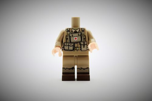 WWII British Medic out of printed LEGO® bricks (Color: Dark Tan)