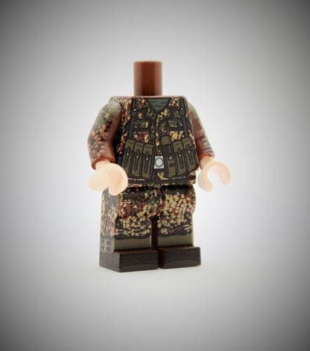 "MINIFIG.CO ""WWII Dot44 MP40 Body"" out of printed LEGO® bricks"