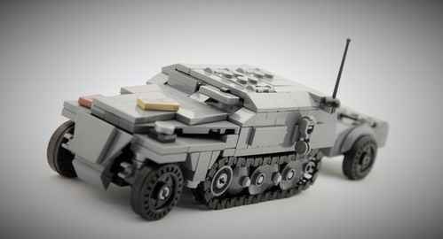 "Custom WWII SdKfz 250 late ""Command version with trailer"" out of LEGO® bricks"